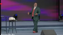 T.D. Jakes 2018, Whatever you gave up, God is going to give it back to you! - Fe.mp4