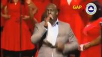 Sammie Okposo Hit Praise @ RCCG FESTIVAL OF LIFE CHICAGO 2016.mp4