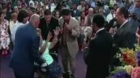 David E. Taylor - God Heals Cancer - Miracle Crusade Against Cancer (2).mp4