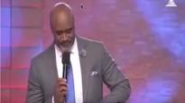 Pastor Paul Adefarasin-DON'T LEAVE ME IN THE DARK,OPEN MY EYES LORD.mp4