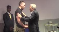 Adoration avec le Pasteur Daniel Vindigni (Hosanna!).mp4
