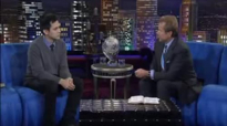 Phil Munsey Prophesies Over David Diga Hernandez.3gp