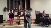 Geoffrey Golden Sings #LivingSanctuaryFellowshipChurch.flv
