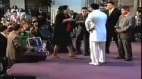 David E. Taylor - Lady can't breathe.Now can sing! This is Tremendous.mp4