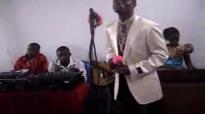 Ami Fidèle (A_C frère Rigobert katombi).flv