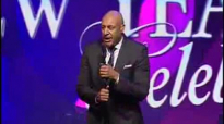 Brian Courtney Wilson sings It Will Be Alright at the Potter's House.flv