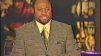 Dr Myles Munroe in Praise the Lord -TBN
