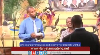 Prophet Daniel Amoateng Prophesying at Light City USA.mp4