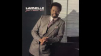 Larnelle Harris - His Eye Is On The Sparrow.flv
