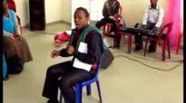 Bishop M. Nqwazi 'Phum;eringini.flv