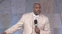 Bishop Marvin Winans. He Aint thru Dealing With Me.mp4
