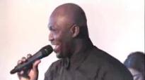Testimonies - Zeugnisse 10th Anniversary Highlights Worship Time 09 11 2013 Pastor John Sagoe.flv