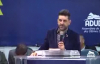 Pastor Yossef Akiva pregando na ADUD