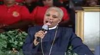 Bishop Millicent Hunter - Nothing Can Kills What God Wants Alive 3.flv