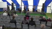 Sommerfest med Pastor Jens Garnfeldt.flv