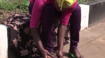 Kansiime Anne challenges parasites - African comedy.mp4