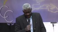 PASTEUR MAMADOU KARAMBIRI _ CAUSERIE BIBLIQUE.mp4