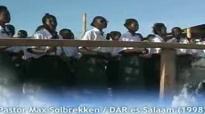 Pastor Max Solbrekken Dar Es Salaam ( 1998 ).flv