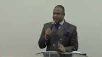 Bishop Elisé Mulumba à la maison roi 30 10 2011 part1.flv