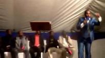 Bishop M Nqwazi 'Izoguqa pt2 Tabankulu e Matshona mchila.flv