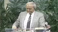 28 Norvel Hayes  Healing Revival Working of Miracles