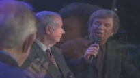 Bill & Gloria Gaither - Going Home [Live] ft. Bill Gaither.flv