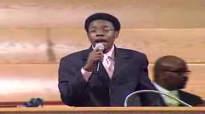 Minister Reginald Sharpe Jr. Sings (16 yrs old) www.realsharpejr.com(more info).flv