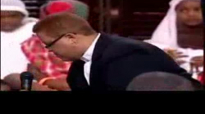 5 year old prays at the Potters House Bishop TD Jakes.mpg