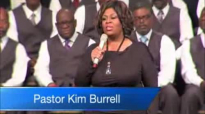 Pastor Kim Burrell Sings It Is Done at Windsor Village.flv