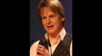 Vorherbestimmung oder freier Wille - Hans Peter Royer.flv