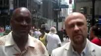 Robert Stearns Interviews Gary Frost - NYC.3gp