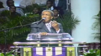COGIC Storm out on the Ocean Rev. Clay Evans GE Patterson.flv