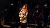 Kierra Sheard & Darrel Walls singing Hakuna Matata.flv