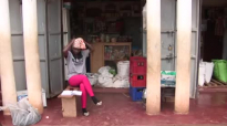 Kansiime Anne sells expired juice to a customer and the customer returned it. Check what happened next