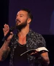 Pastor  Carl Lentz