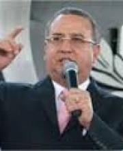 Apostol Edwin Santiago