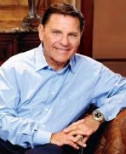 Dr Kenneth Copeland