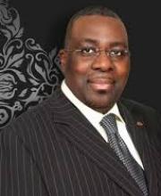 Dr Tayo Adeyemi